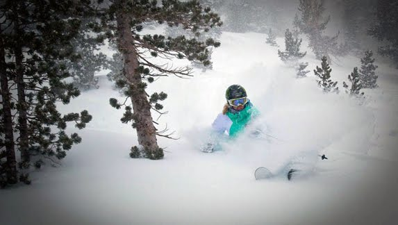 http://3.bp.blogspot.com/_bstXBEDnG9w/TRToCJeMBtI/AAAAAAAAETw/MQPoLc0izLM/s1600/as_ski_mammothkristi576.jpg