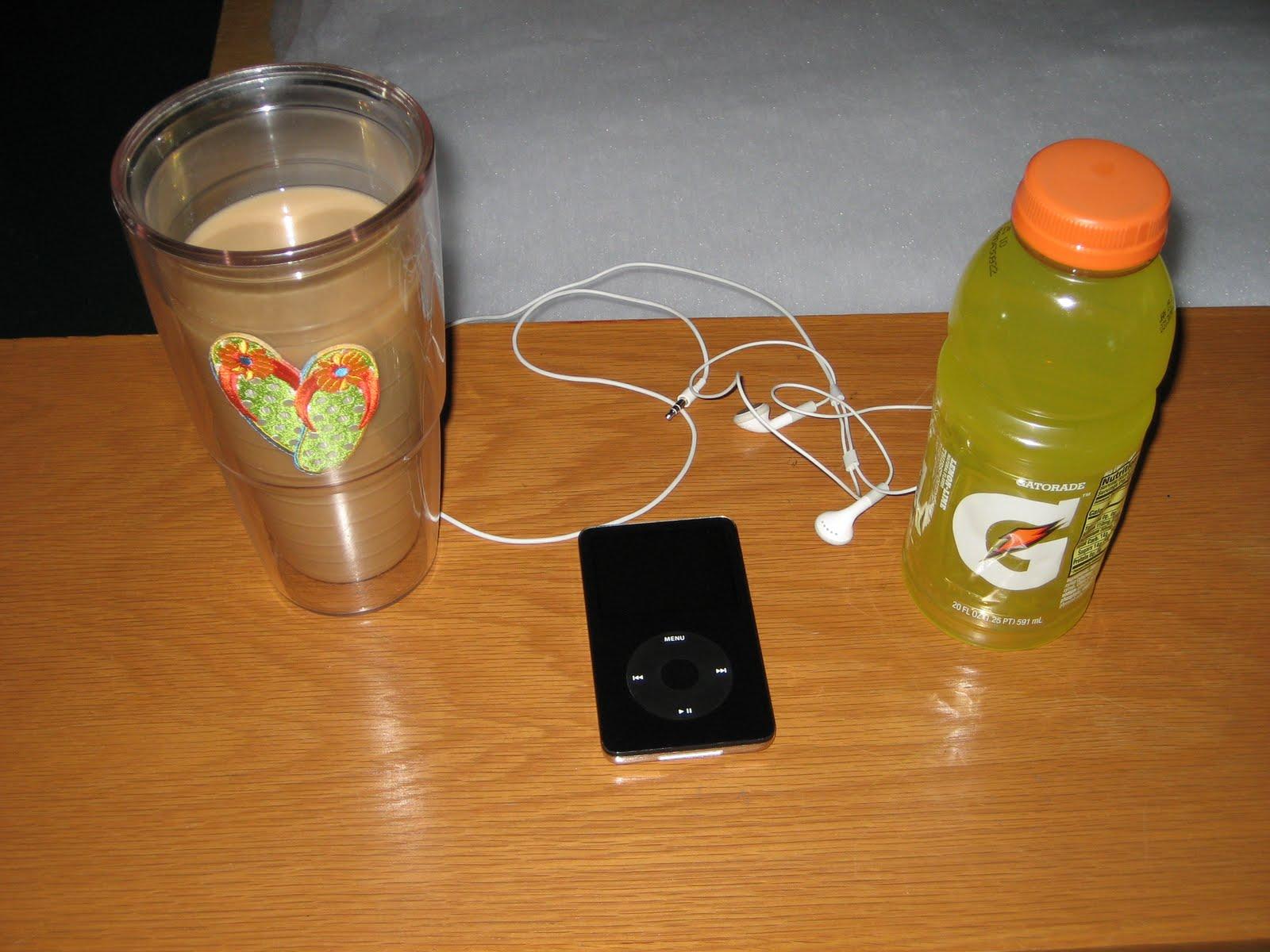 http://3.bp.blogspot.com/_bu8GZRFugQQ/TGQmCBk4GOI/AAAAAAAAAMs/UZ__Um2RLOo/s1600/coffee+gatorade.JPG