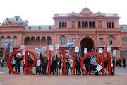 . ante la comisión interna del Diario Crítica de la Argentina a garantizar . critica en pza mayo media