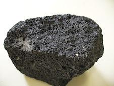 Lava volcánica solidificada