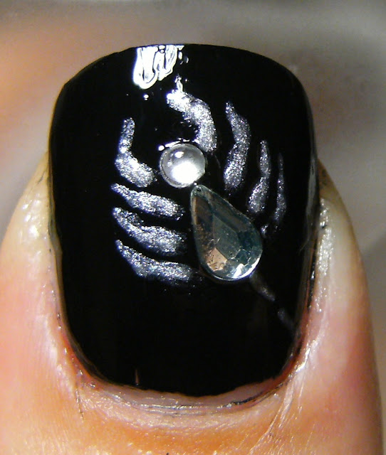 Halloween Spider....or Scorpion - Make Beauty Nails