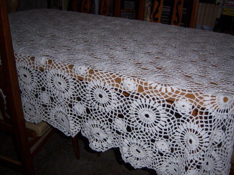MedioCreAcción: mantel rectangular crochet