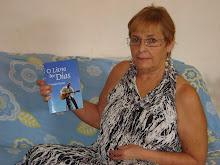 Mãezinha e Linda Evanir e o Livro dos Dias