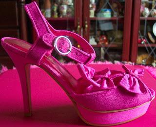 Matalan pink suede bow platforms