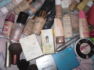 close up of the messy products