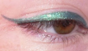 emerald coast eyeliner w/o mascara/before makeup