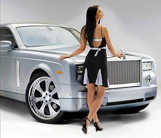 STRUT Rolls-Royce girl