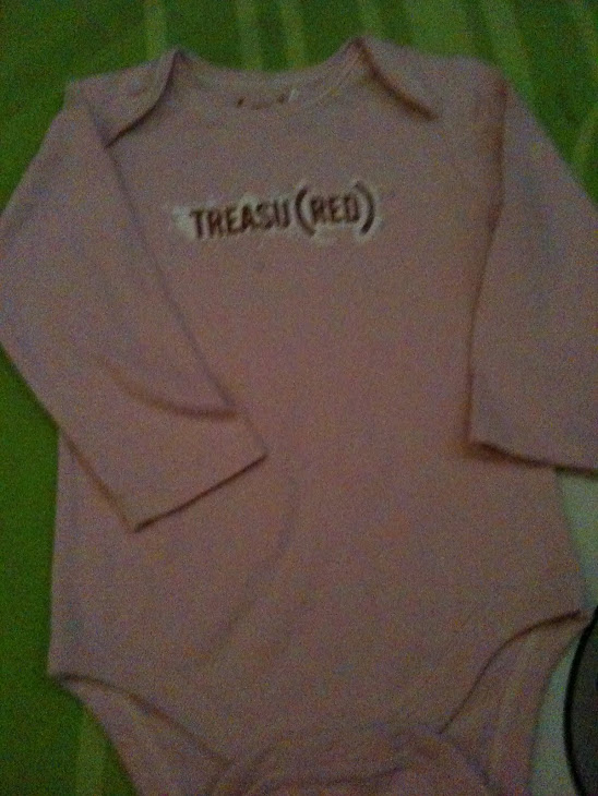 GAP PINK ROMPER TREASURE (12-18M)