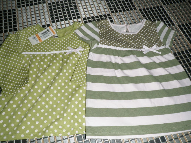 Green dog Flower (size: 12m ) / Greendog Stripe (size: 18m)