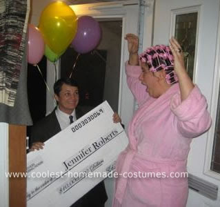 coolest-publishers-clearing-house-costume-21303478.jpg