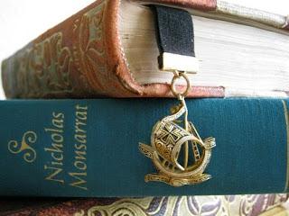 Книга библиотека