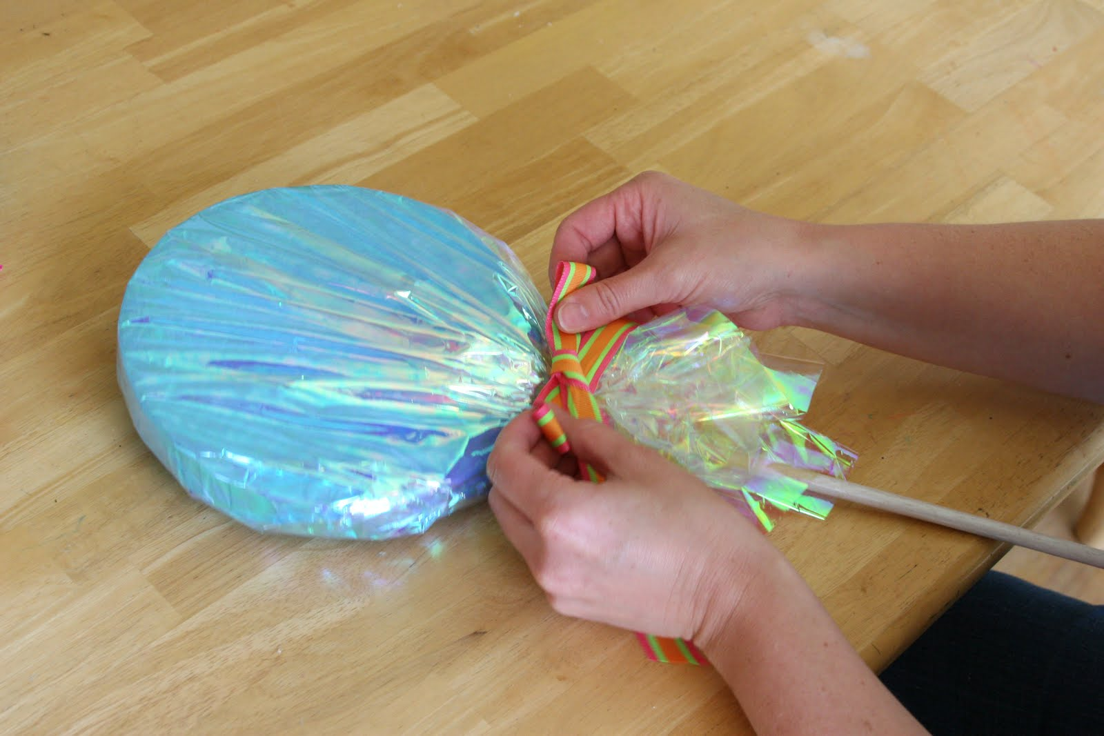How to Make Lollipop Decorations