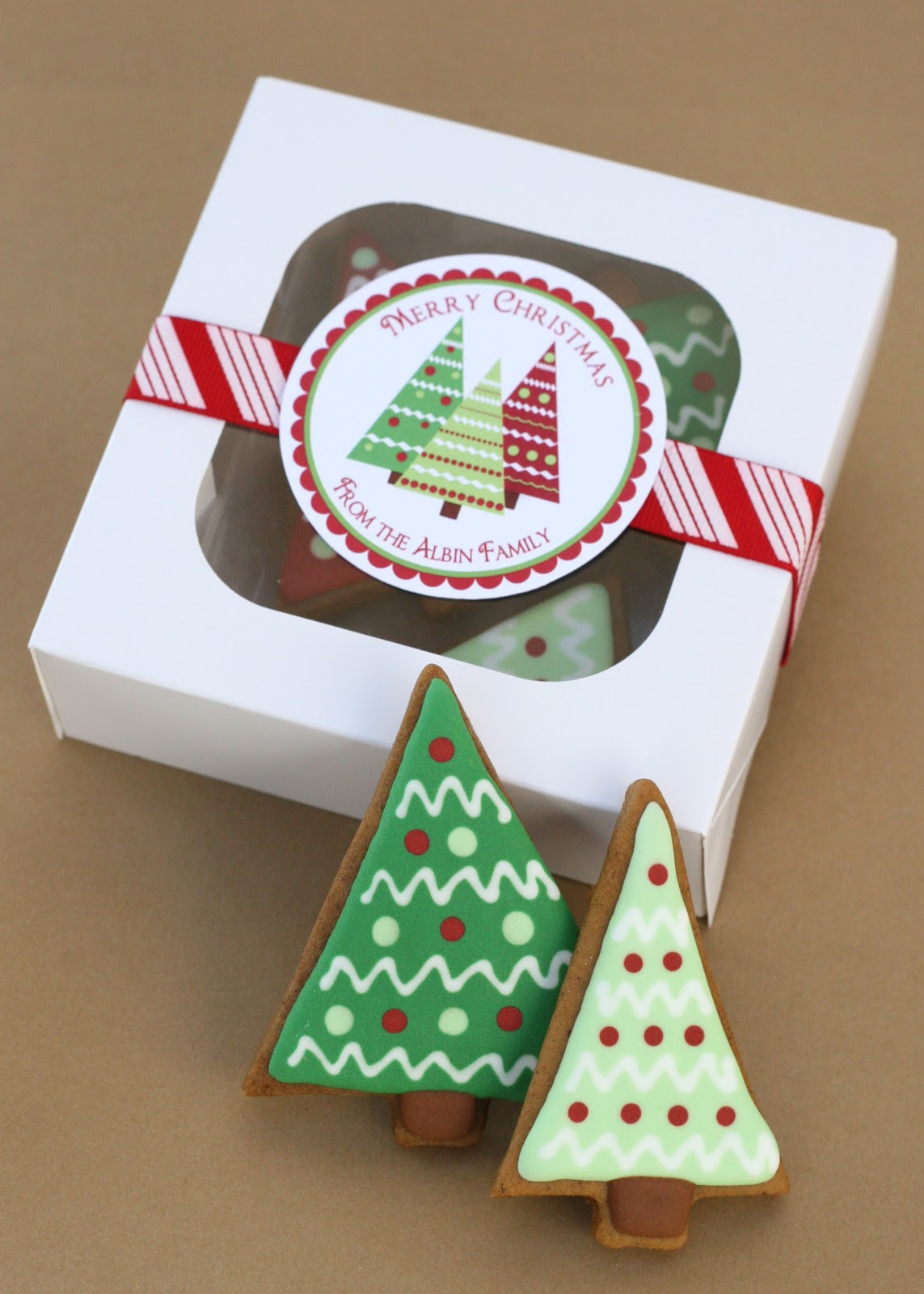 Christmas Cake Packaging Ideas : Christmas Trees, Gingerbread, and a Giveaway?   Glorious ...