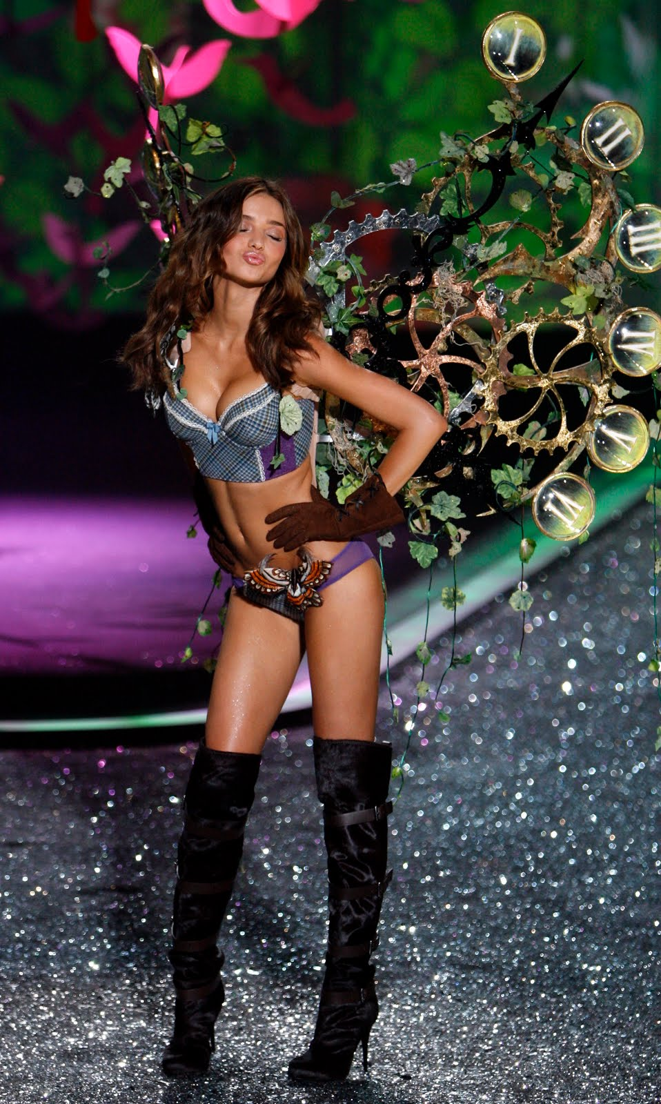 Victoria 39 S Secret Miranda Kerr Victoria 39 S Secret Fashion Show 2009