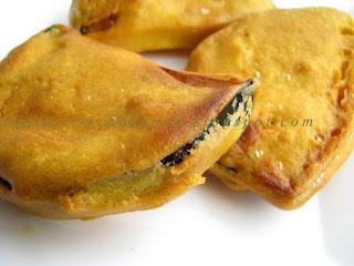 beguni batter fried eggplants beguni batter fried beguni batter fried ...