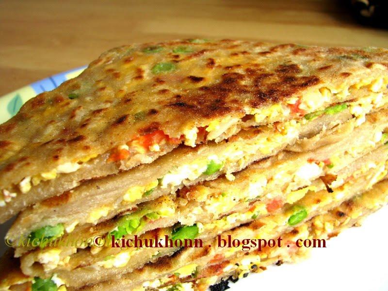Kitchen e kichu khonn egg bhurji stuffed paratha egg bhurji stuffed paratha forumfinder Choice Image
