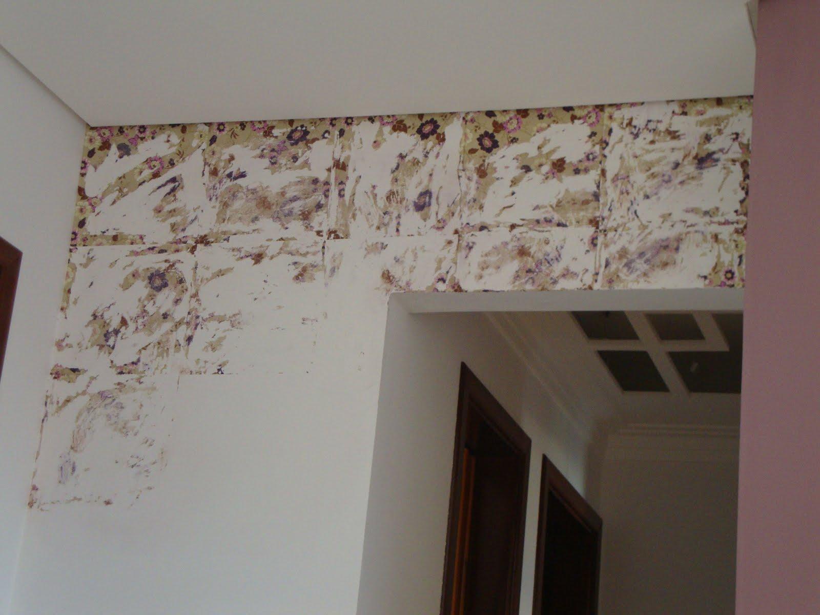 #342A22 Olha eu ai fazendo o trabalho sujo snif snif tadinha . 1600x1200 px papel de parede floral banheiro