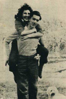 Mario Vargas Llosa y Julia Urquidi