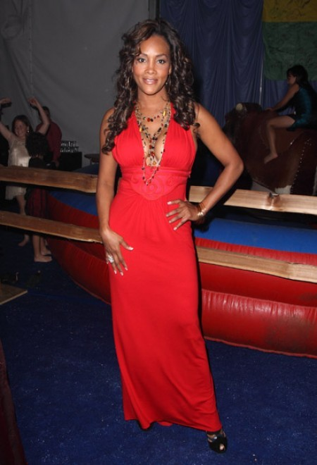 Follow Vivica On Twitter: @Msvivicafox