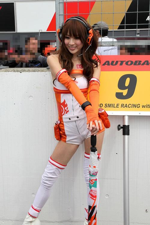 Good Smile Racing, Hatsune Miku BMW Car Memenangkan Super GT Race (GT300) M011s