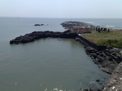 Hanuman Temple, Ship Dock and Firing Range in Alibag Fort.