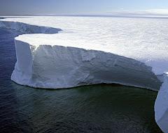 تحذيرات من استمرار ذوبان جليد القارة القطبية