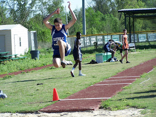MCPS Track Team Place at Sectionals 1