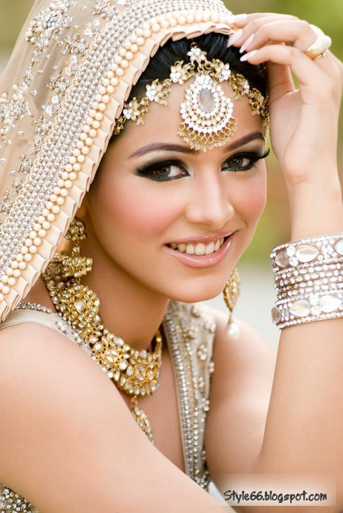 Ladies special beautiful pakistani bridal makeup