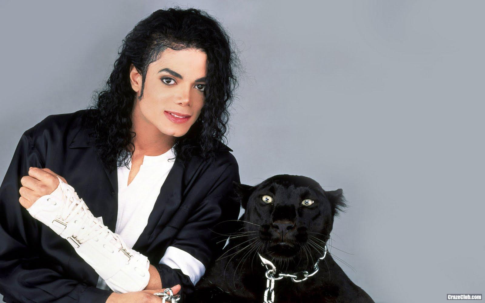 http://3.bp.blogspot.com/_c72kc4JbsgY/TOFF1m1PfjI/AAAAAAAAENE/4Il8zd64RWI/s1600/Michael+Jackson+Wallpaper+%252825%2529.jpg