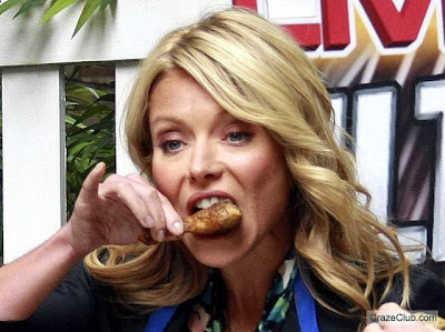 Celebrities Eating!