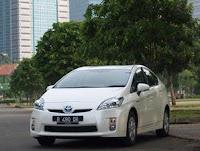 Toyota Prius : Stop dan Start Secara Otomatis