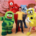 Elijah Wood on Nickelodeon's New Show Yo Gabba Gabba!