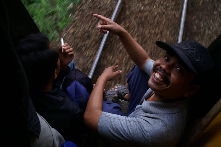 Kereta Terakhir. 2010