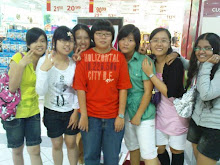 Yin, Moon, Phing, Dor, Amy, Teng and Sya.