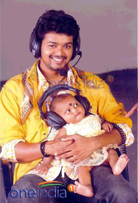 Hi Friends Watch Vijay's Cute Daughter Photo