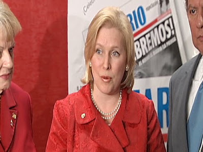 a confused Gillibrand