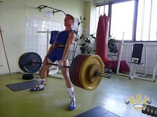 Jan Pianka - mrtvý tah 205kg