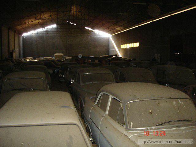 Guy Finds Old Cars In Barn