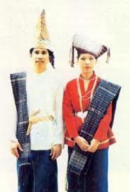 pakaian adat