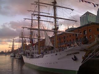 frigates in puerto madero