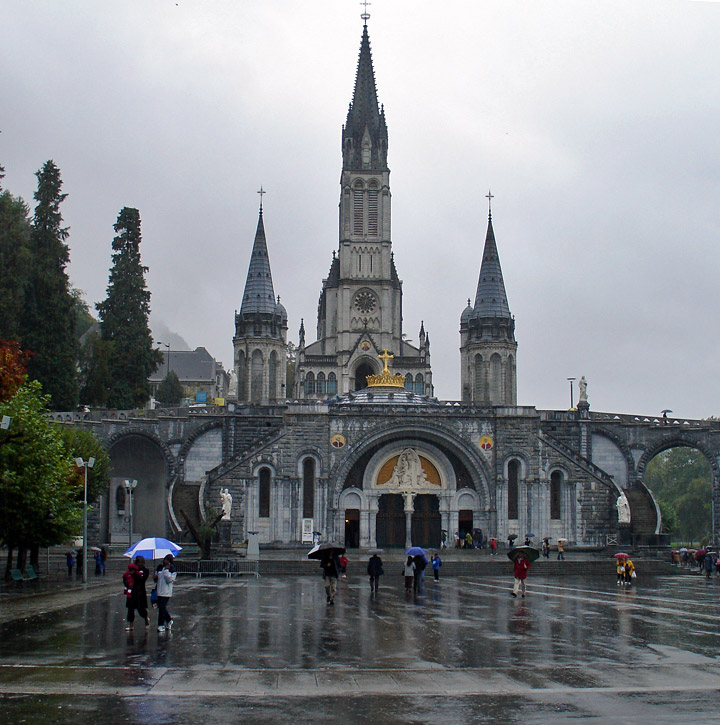Lourde France  city pictures gallery : City Adventure Guide: How can travel to Lourdes France