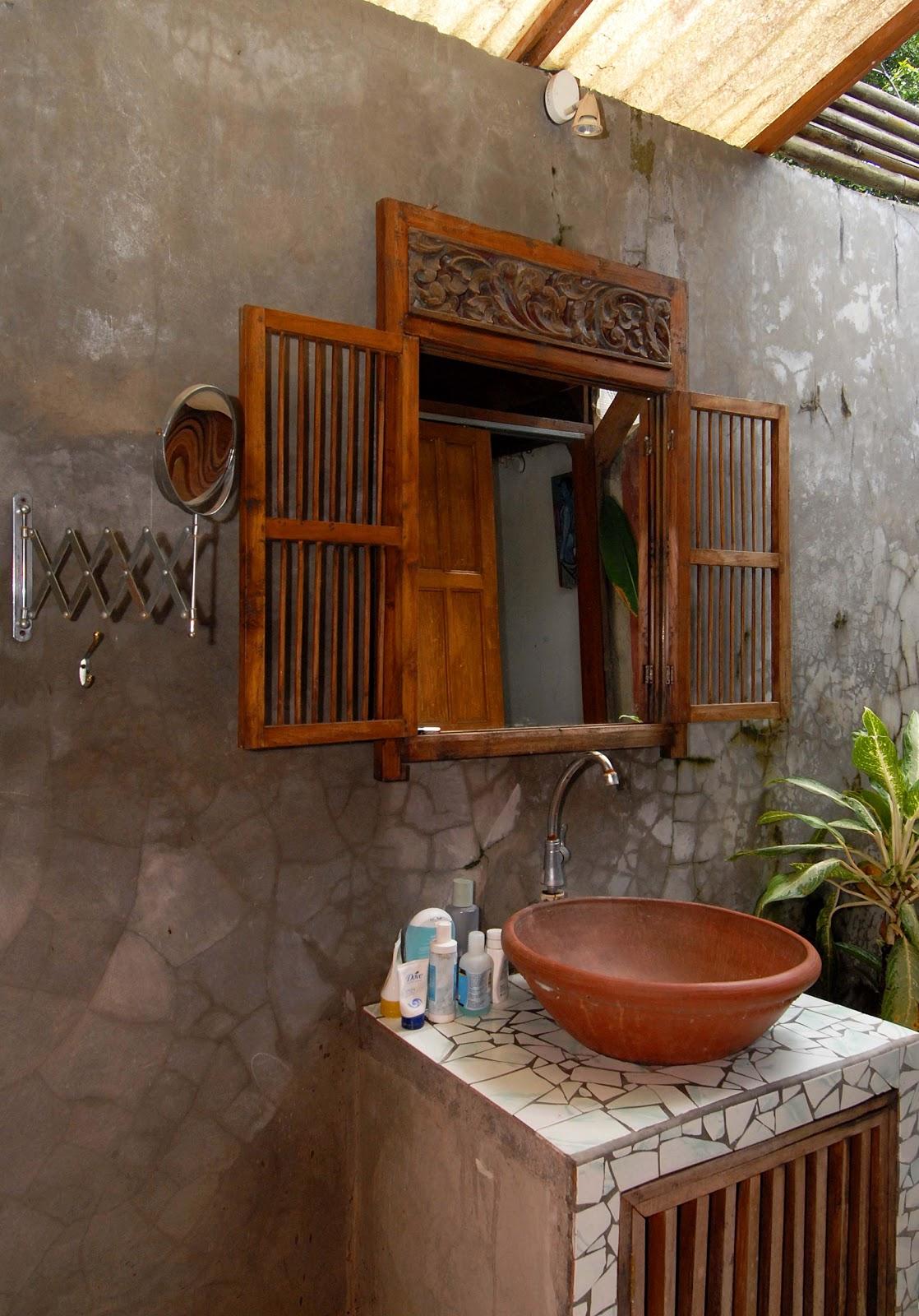 Come arredare casa arredamento bagno for Arredamento minimale