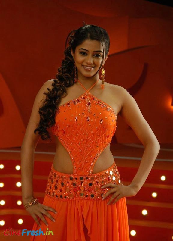 Priyamani New Hot Spicy Stills From Bet Movie glamour images