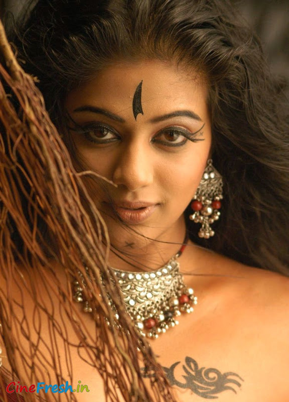 Priyamani New Hot Spicy Stills From Bet Movie unseen pics