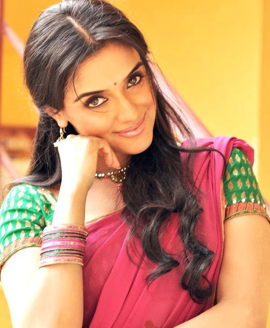 asin very beatiful looking glamour  images