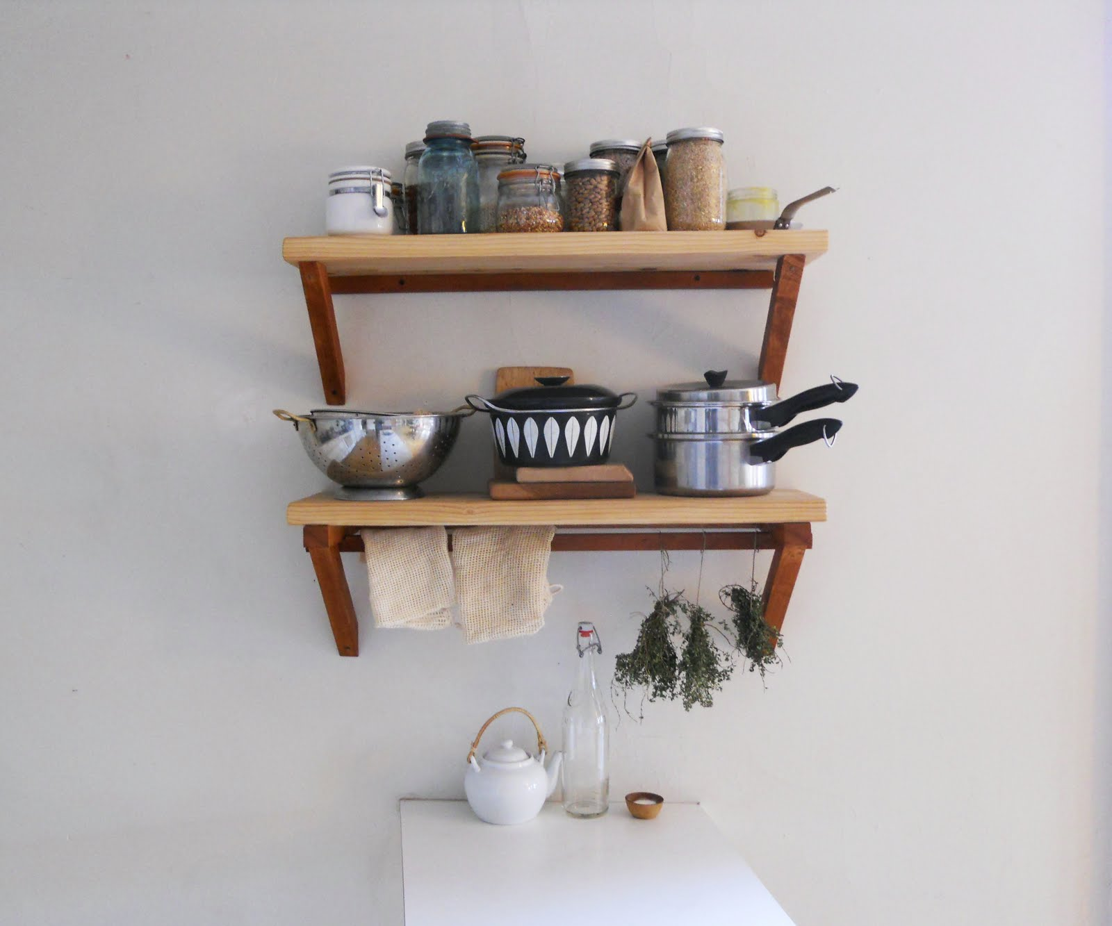 Small Kitchen Design Shelf