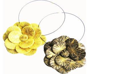 sparckles flower necklace gr