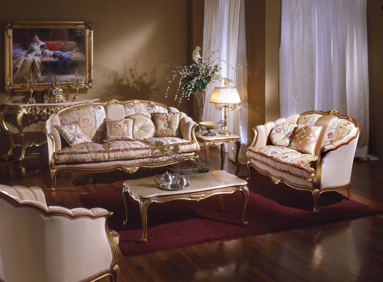 Antique italian classic furniture french country living for Antique living room decorating ideas