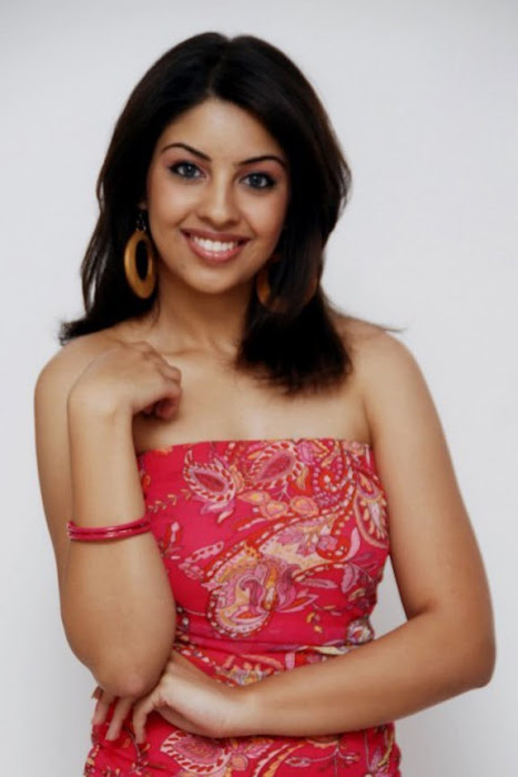 richa gangopadhyay from recent glamour   images