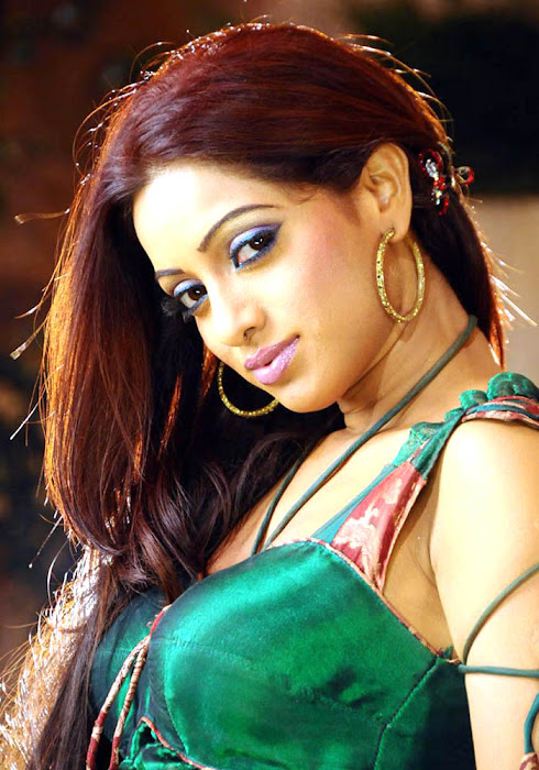 udaya bhanu from leader item song photo gallery